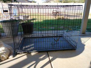 Largo dog kennel $ 70 for Sale in Queen Creek, AZ