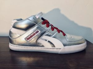 [RARE+BRAND NEW] Reebok Classic Remix Collection (Silver) for Sale in New York, NY