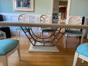 Dining Room Table and Hutch for Sale in San Rafael, CA