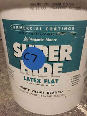 Benjamin Moore Flat white paint Super hide 5 Gallon for Sale in New York, NY