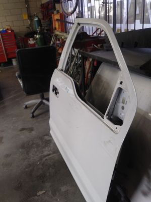 F150 driver side front door for Sale in Fontana, CA