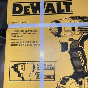DEWALT 3/8 IMPACT WRENCH KIT for Sale in Hayward, CA