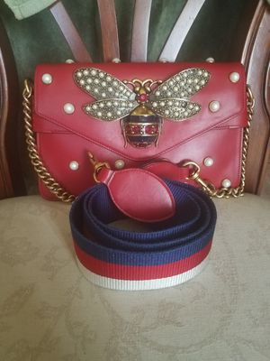 Gucci Broadway pearl bee bag for Sale in North Highlands, CA