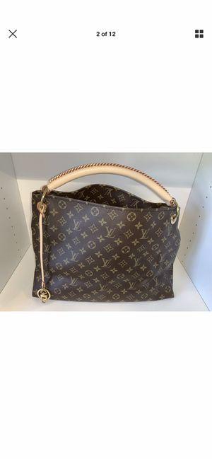 Louis Vuitton handbag for Sale in Henderson, NV