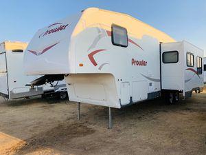 Prowler fifth wheel for Sale in Glendale, AZ