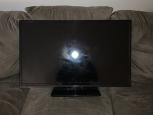 32 in flat screen tv 1080p for Sale in Washington, DC