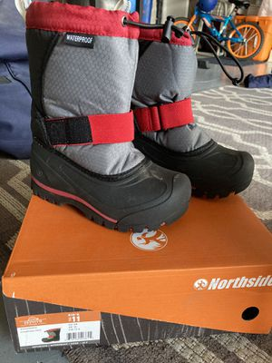 Kids snow boots sz 11 for Sale in Chula Vista, CA