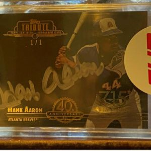2014 HANK Aaron Topps Tribute Very Very Rare 1of 1 Onex Refractor Auto Sh for Sale in Howell Township, NJ