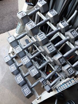 5 to 40 hex dumbbells with storage rack for Sale in Phoenix, AZ