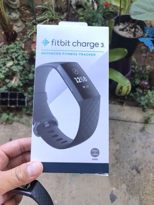 Fitbit charge 3 for Sale in Escondido, CA