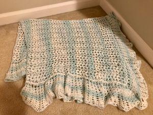Hand crocheted baby blanket for Sale in Sumner, WA