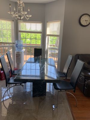 Green Marble dinning table with free leather chairs for Sale in Manassas, VA
