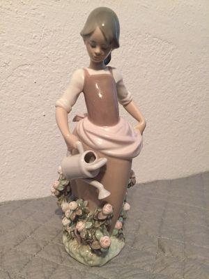 Lladro figurine for Sale in Glendale, AZ