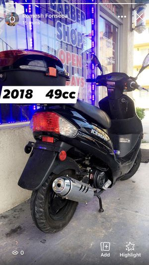 2018 scooterer 49cc perfect condition clean title Ready too Work for Sale in Miami, FL