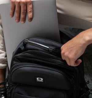Ogio 17 Inch Laptop Bag / Backback for Sale in San Leandro, CA