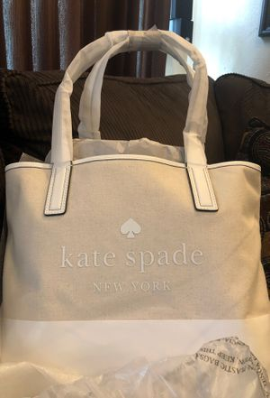 KATE SPADE BRAND NEW UNOPENED LARGE HANDBAG for Sale in Parma, OH