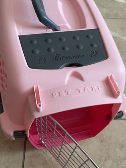 """Petmate PET TAXI in Pink Size XS 19"""" for Sale in Phoenix,  AZ"""
