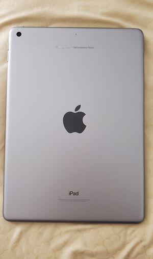 iPad 5 32 GB for Sale in Wheaton, MD