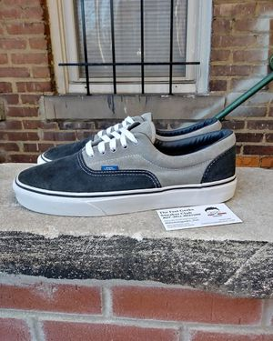 VANS AUTHENTIC OG LOW TOP MENS SHOES SIZE 10.5 EXCELLENT USED CONDITION $35 for Sale in Cleveland, OH