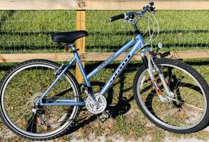 "Ladies Mountain Bike made by Giant for Someone 5'7""-5'11"" Tall for Sale in Tampa, FL"