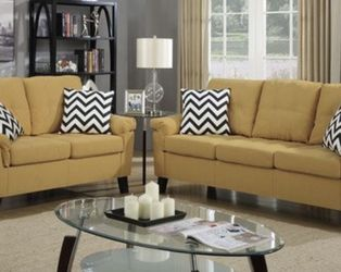 Couch & Loveseat Linen Fabric Material for Sale in North Olmsted,  OH