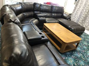 Leather sectional for Sale in Dearborn, MI