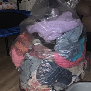 Free Huge Bag Of Girls Clothing for Sale in Seattle, WA