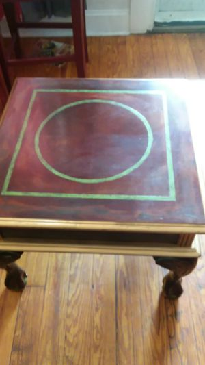 Old antique coffee table for Sale in St. Louis, MO