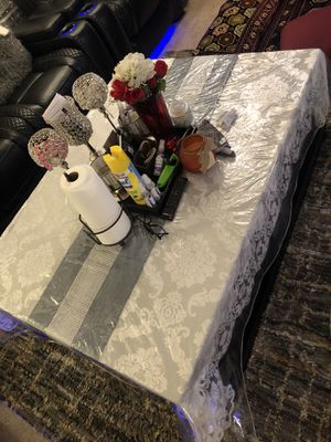Very good and clean table kept always covered for Sale in Bensalem, PA