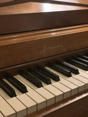 Baldwin Acrosonic Pecan 88 Key Upright Piano for Sale in Ashburn, VA