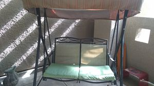 Outdoors SWING bench- pick up del Mar for Sale in San Diego, CA