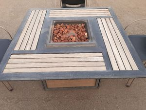 Gas Fire Pit Table for Sale in Fresno, CA