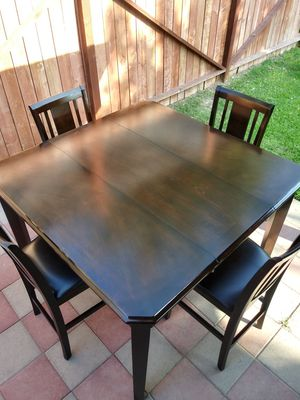 Dinning table 4 chairs for Sale in Delano, CA