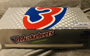 New box of 3 Musketeers (36 candy bars) for Sale in South Gate, CA