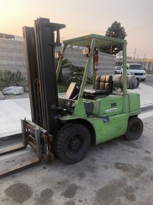 Mitsubishi forklift 5000lb air tires for Sale in Garden Grove, CA
