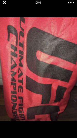 UFC inflatable punching bag with water weight base for Sale in DeBary, FL