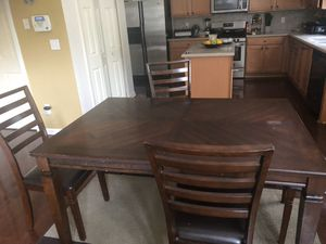 Wood dining room set for Sale in Union City, GA