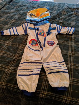 2 piece astronaut costume for kids size 3-4 for Sale in Fairfax, VA