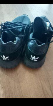 Men's Adidas excellent condition size 10)1/2 for Sale in Cleveland, OH