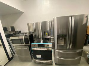 NEW STAINLESS STEEL KITCHEN SET for Sale in Tampa, FL