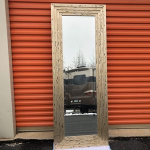 Beautiful Beveled Mirror for Sale in Woodbridge, VA