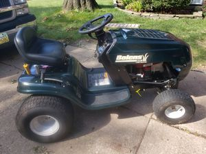 BOLENS MTD LAWN TRACTOR for Sale in Cleveland, OH