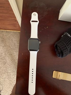 Apple Watch series 4 for Sale in Richmond, KY