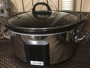 Crock-Pot 6.5Qt Stainless Oval Digital Slow Cooker $45 for Sale in Bedford, TX