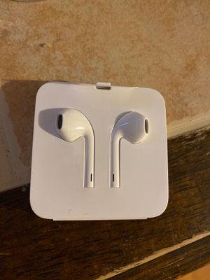 iPhone Headphones Charger for Sale in San Antonio, TX