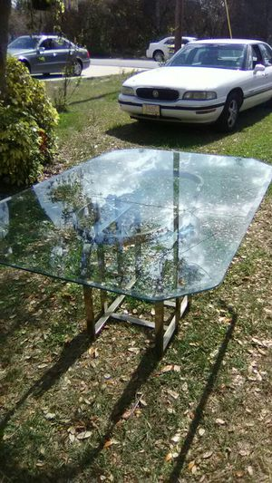 Glass Top Table for Sale in Sebring, FL
