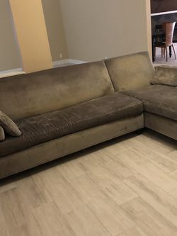 CARTER sectional Couch With Pull Out Bed for Sale in Fort Lauderdale,  FL