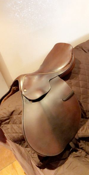 Crosby used saddle for Sale in Los Angeles, CA