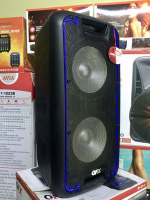 Speaker Bluetooth,3000w,radio,karaoke,Recargable para la playa😎,USB,AUX,rueda,ecualizador,luz LD for Sale in Hialeah, FL