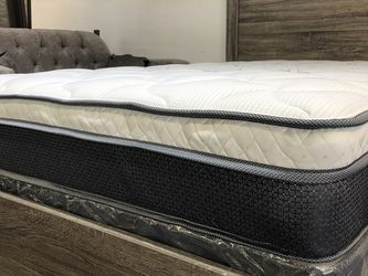 CALI KING SIZE PILLOW TOP BAMBOO BRAND MATTRESS BACK SUPPORT for Sale in East Los Angeles,  CA